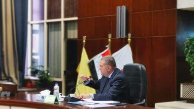 صورة وزير قطاع الأعمال العام : 1.7 مليار جنيه لتأهيل مصانع الأدوية التابعة