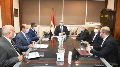 """صورة الجزار: يلتقى ممثلى إحدى الشركات الوطنية لبحث التعاون فى تنفيذ مشروعات المبادرة الرئاسية """"حياة كريمة"""" لتطوير الريف المصرى"""
