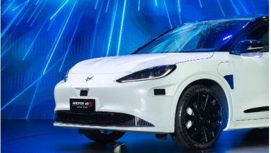 صورة هواوي تشارك في ثورة صناعة «السيارات الكهربائية الذكية» بالتعاون مع كبار مصنعي السيارات