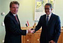صورة العناني: يلتقي وزير الدولة بوزارة الاقتصاد والطاقة ومفوض الحكومة الفيدرالية للسياحة بألمانيا
