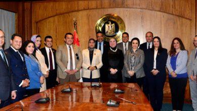 صورة نيفين جامع: حريصون على التواصل والتنسيق مع كافة القوى السياسية لتحقيق مستهدفات خطة الحكومة للارتقاء بالتنمية الصناعية والتجارة الخارجية لمصر