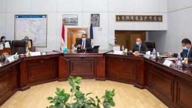 صورة وزير السياحة والآثار يترأس اجتماع مجلس إدارة هيئة المتحف المصري الكبير