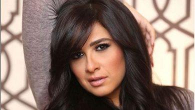 صورة ياسمين عبد العزيز في العناية المركزة