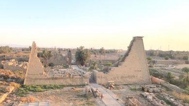 صورة ازالة الونش الذي كان يحجب رؤية بانوراما الصرح التاسع بمعابد الكرنك بمدينة الأقصر