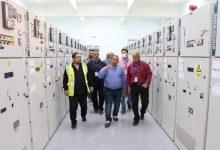 صورة رئيس جهاز مدينة السادات يتفقد محطة كهرباء المنطقة الصناعية الثامنة لخدمة 1076 مصنعا